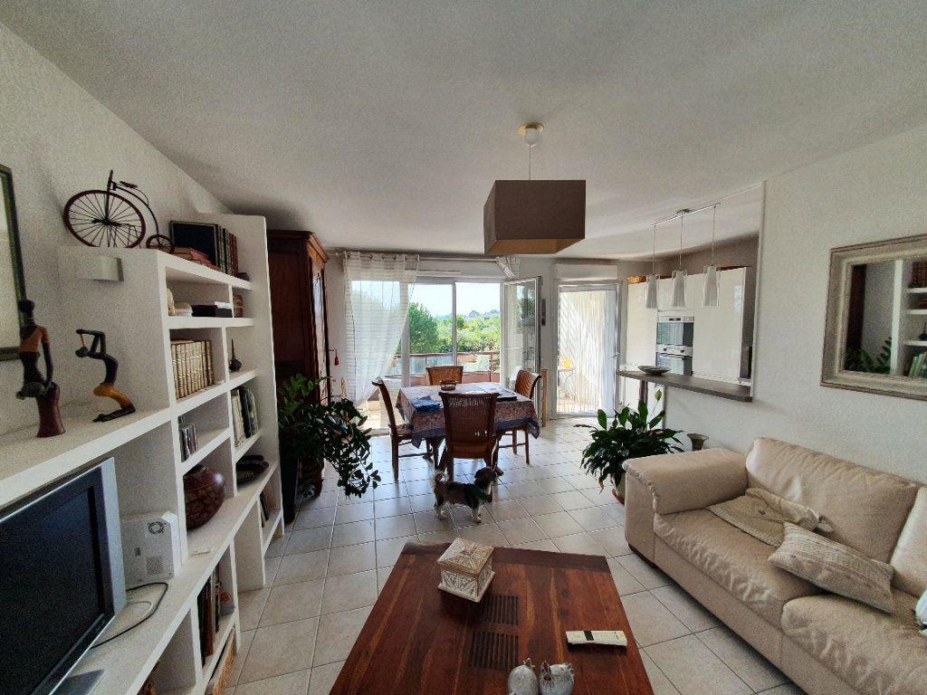 Appartement à vendre 3 75.85m2 à Montpellier vignette-1