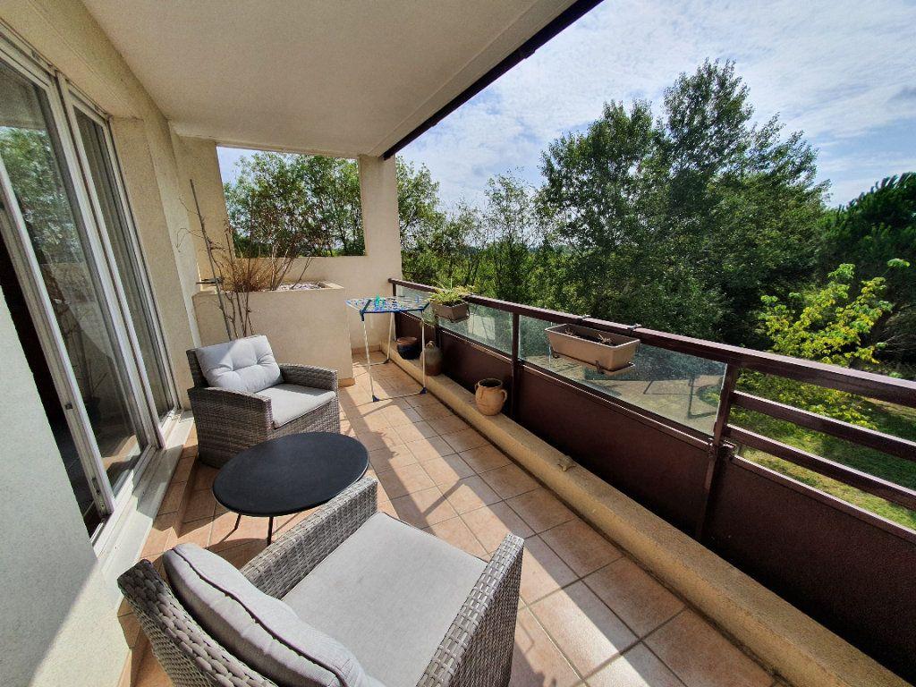 Appartement à vendre 3 75.85m2 à Montpellier vignette-2