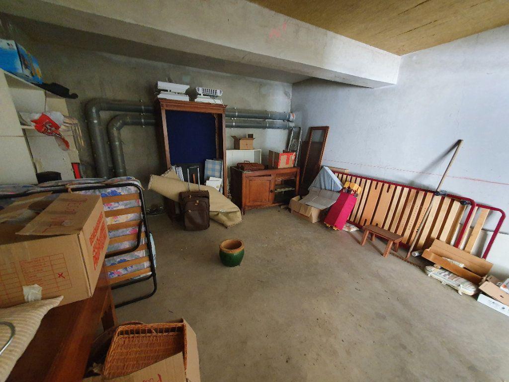 Appartement à vendre 3 75.85m2 à Montpellier vignette-9