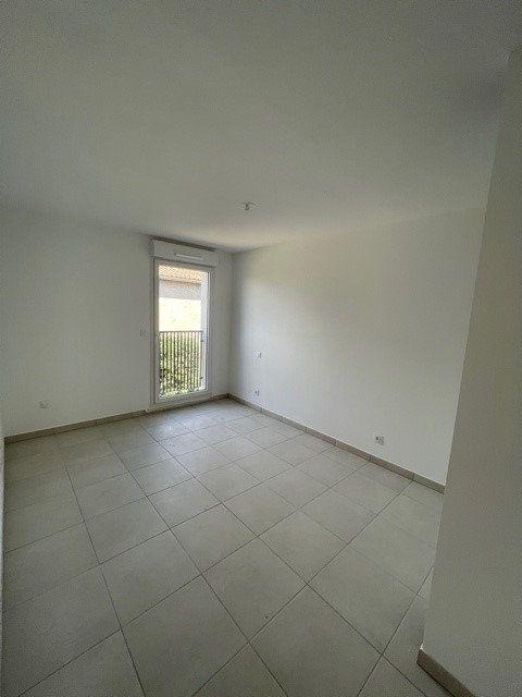 Appartement à louer 3 66.53m2 à Villeneuve-lès-Maguelone vignette-4