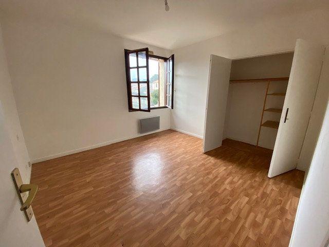 Maison à louer 5 137.34m2 à Villeneuve-lès-Maguelone vignette-10