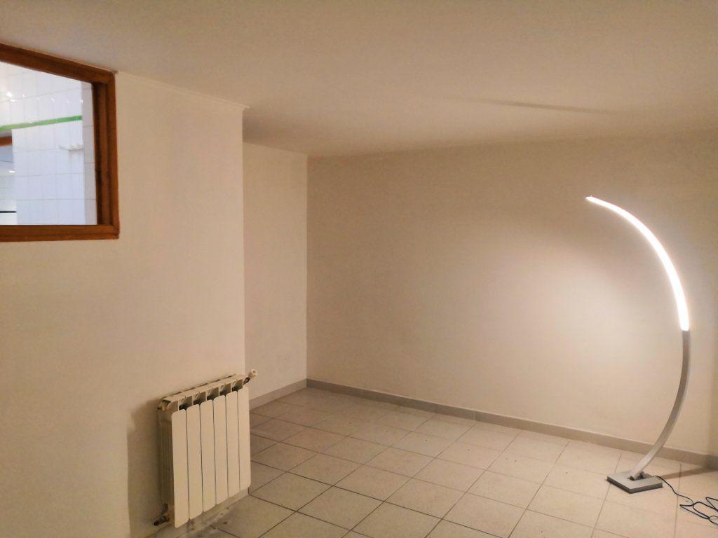 Appartement à vendre 3 59m2 à Sète vignette-8