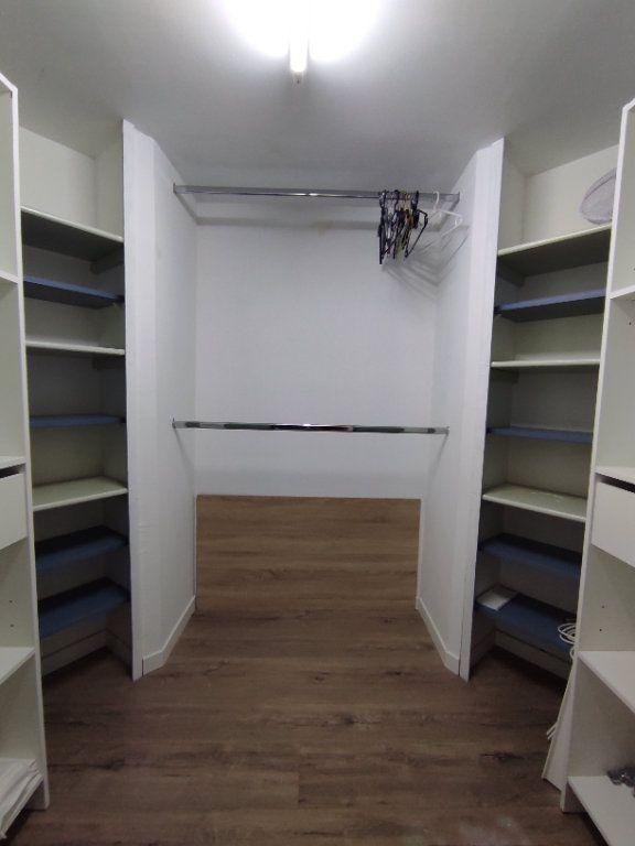 Appartement à vendre 3 60m2 à Balaruc-les-Bains vignette-8