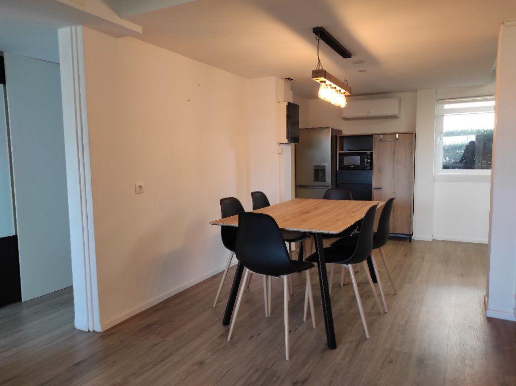 Appartement à vendre 3 60m2 à Balaruc-les-Bains vignette-10