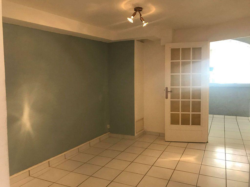 Appartement à vendre 2 58.35m2 à Mèze vignette-5