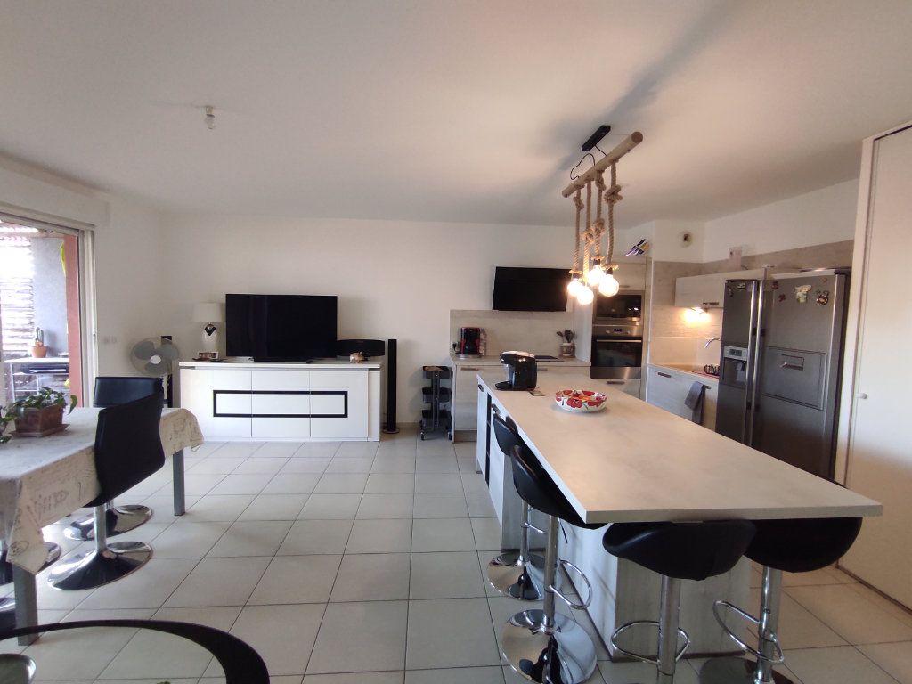 Appartement à vendre 3 68m2 à Balaruc-les-Bains vignette-3