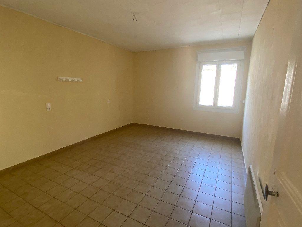 Appartement à louer 3 66.93m2 à Paulhan vignette-9
