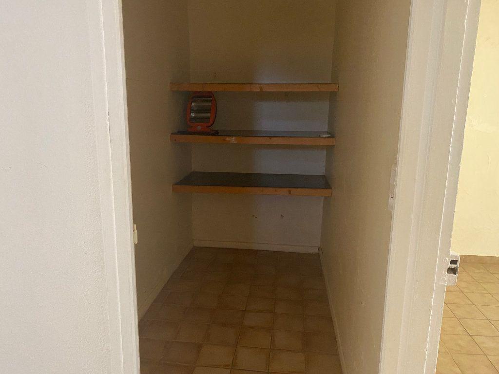 Appartement à louer 3 66.93m2 à Paulhan vignette-11