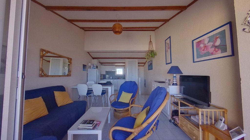 Appartement à vendre 3 37.74m2 à Agde vignette-4