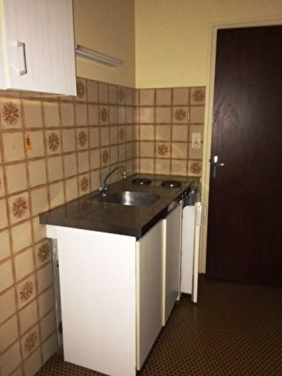 Appartement à louer 1 41m2 à Saint-Sever vignette-2