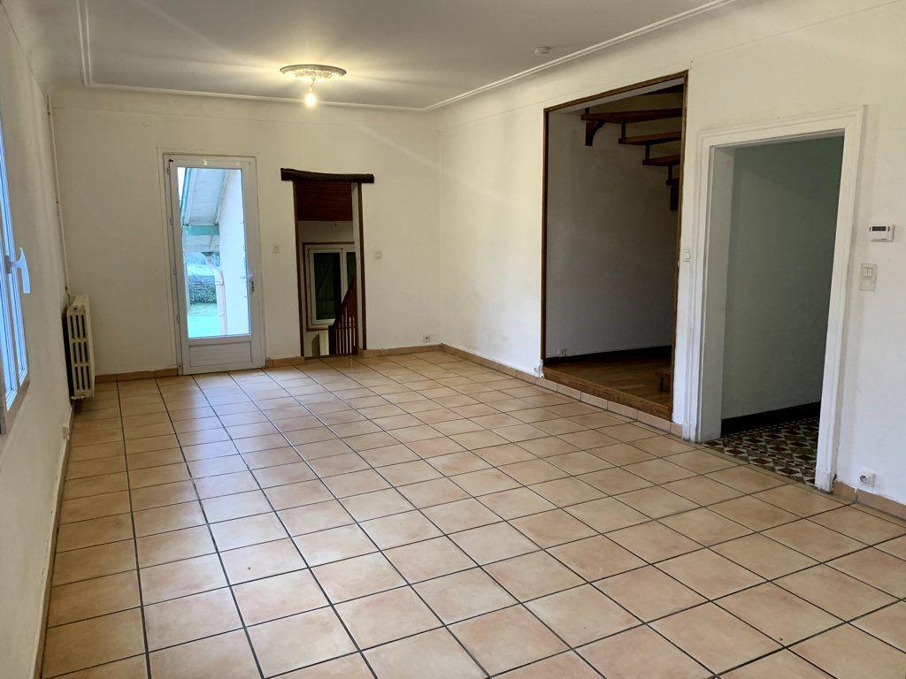 Maison à louer 5 111.48m2 à Villeneuve-de-Marsan vignette-3