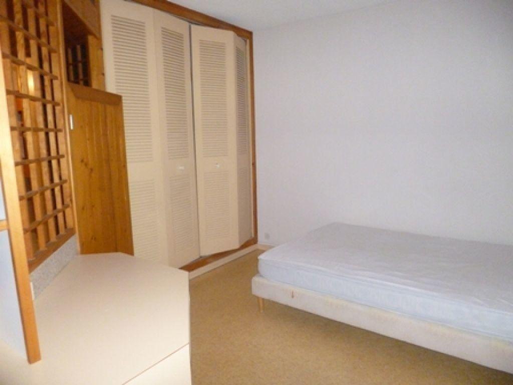 Appartement à louer 2 42m2 à Mont-de-Marsan vignette-5