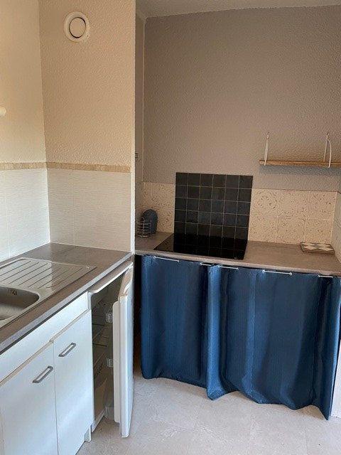 Appartement à louer 1 36m2 à Mont-de-Marsan vignette-2