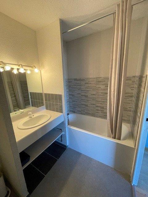 Appartement à louer 1 36m2 à Mont-de-Marsan vignette-9