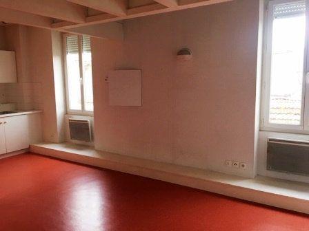 Appartement à louer 1 32m2 à Mont-de-Marsan vignette-5