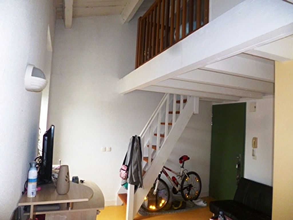 Appartement à louer 1 32m2 à Mont-de-Marsan vignette-7