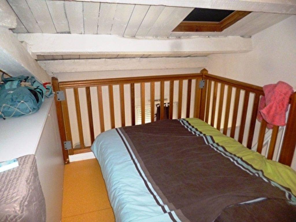 Appartement à louer 1 32m2 à Mont-de-Marsan vignette-10