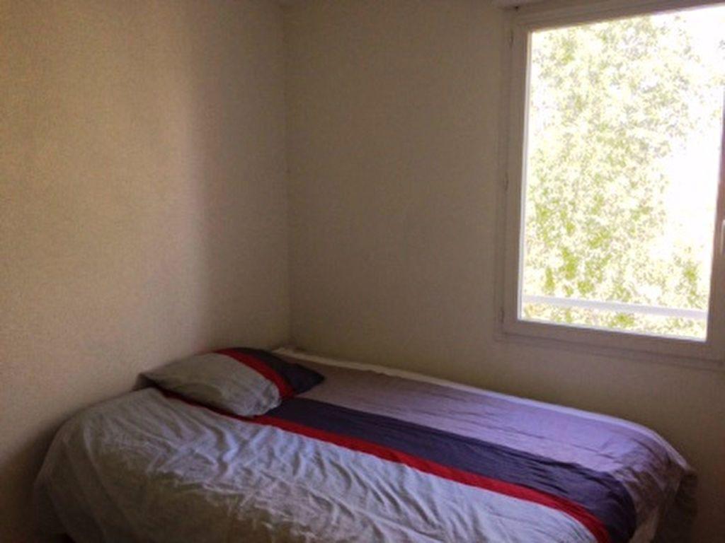 Appartement à louer 2 40m2 à Mont-de-Marsan vignette-3