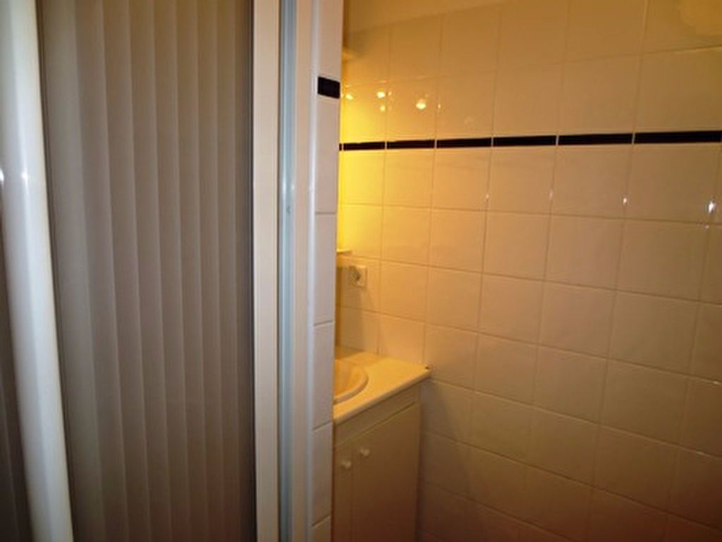 Appartement à louer 2 40m2 à Mont-de-Marsan vignette-6