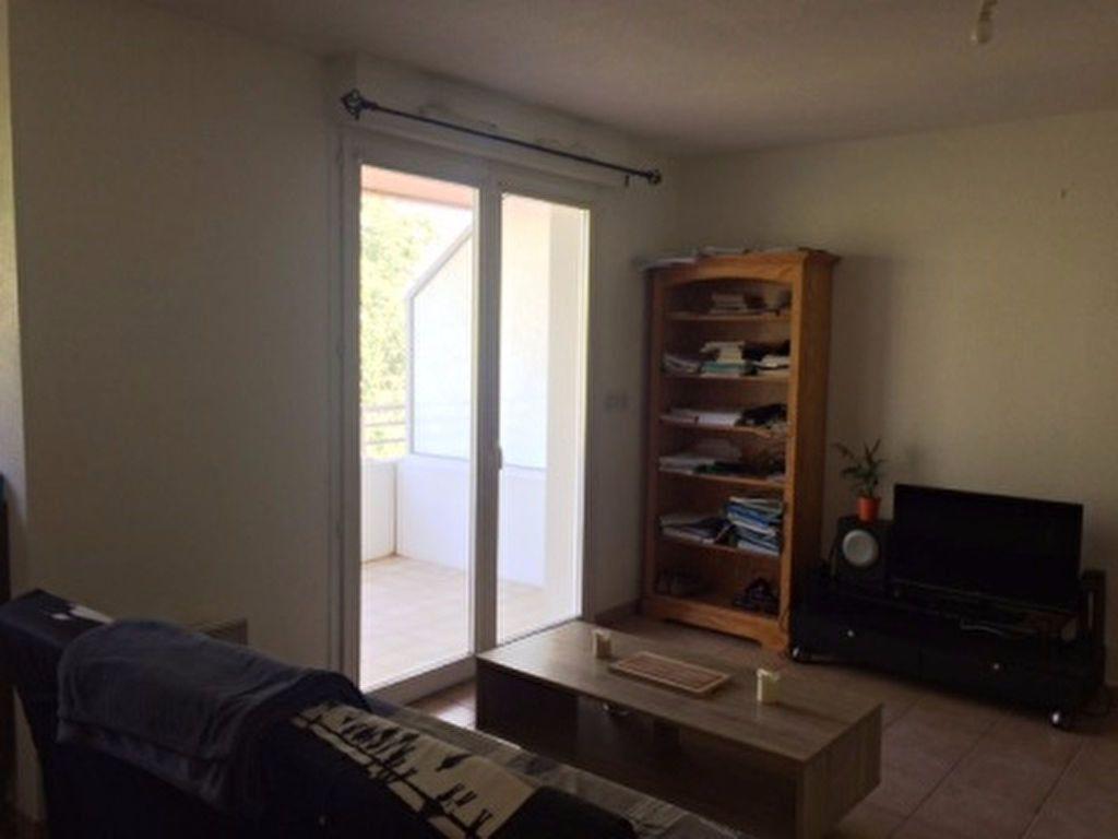 Appartement à louer 2 40m2 à Mont-de-Marsan vignette-7