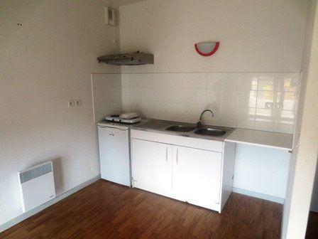 Appartement à louer 2 40.4m2 à Mont-de-Marsan vignette-3
