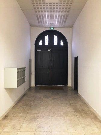 Appartement à louer 1 51m2 à Mont-de-Marsan vignette-15