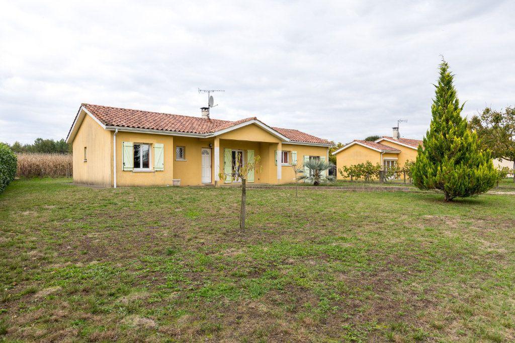 Maison à vendre 4 109m2 à Saint-Yaguen vignette-1