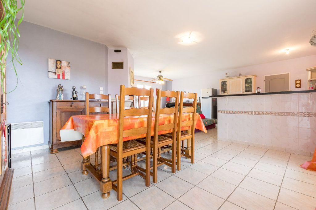 Maison à vendre 4 109m2 à Saint-Yaguen vignette-9