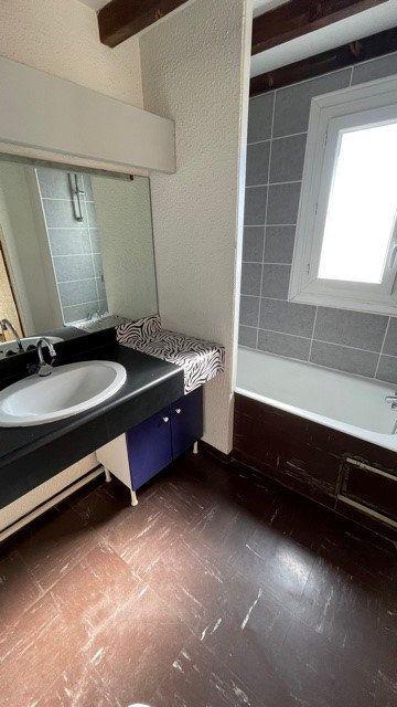 Appartement à louer 3 77m2 à Mont-de-Marsan vignette-4