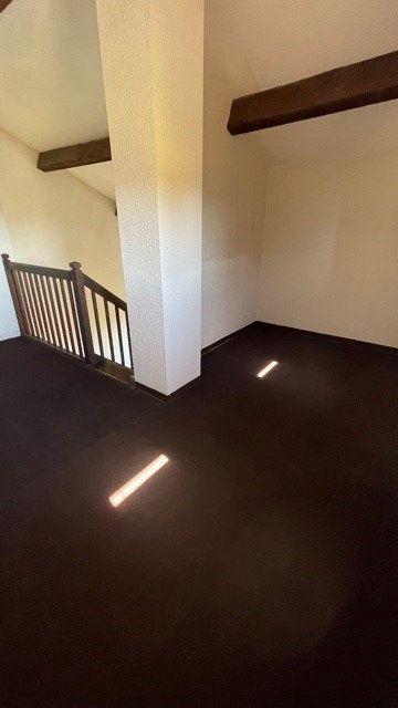 Appartement à louer 3 77m2 à Mont-de-Marsan vignette-6