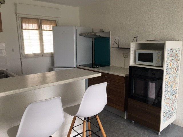 Appartement à louer 2 50m2 à Mont-de-Marsan vignette-2