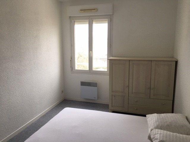 Appartement à louer 2 50m2 à Mont-de-Marsan vignette-4