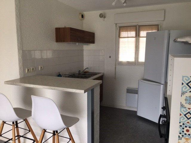 Appartement à louer 2 50m2 à Mont-de-Marsan vignette-5