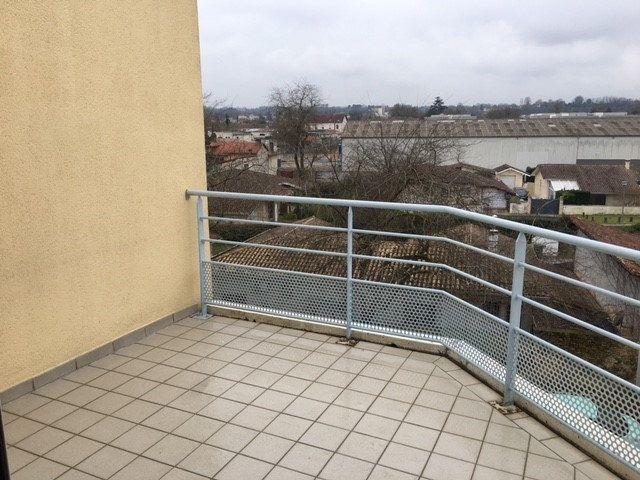 Appartement à louer 2 50m2 à Mont-de-Marsan vignette-6