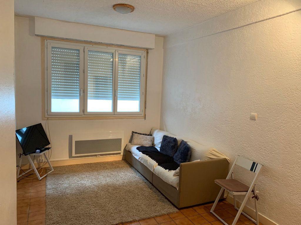 Appartement à louer 2 36m2 à Peyrehorade vignette-1