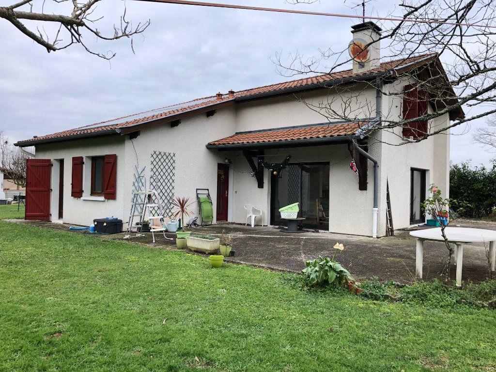 Maison à vendre 6 132m2 à Bidache vignette-1