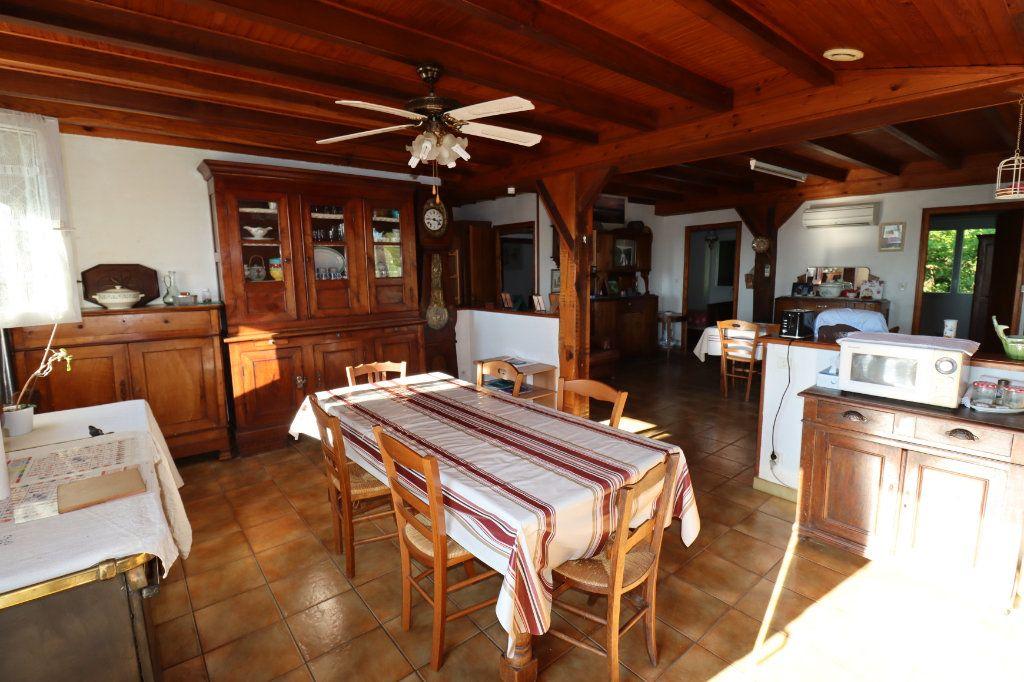 Maison à vendre 11 291m2 à Bardos vignette-4