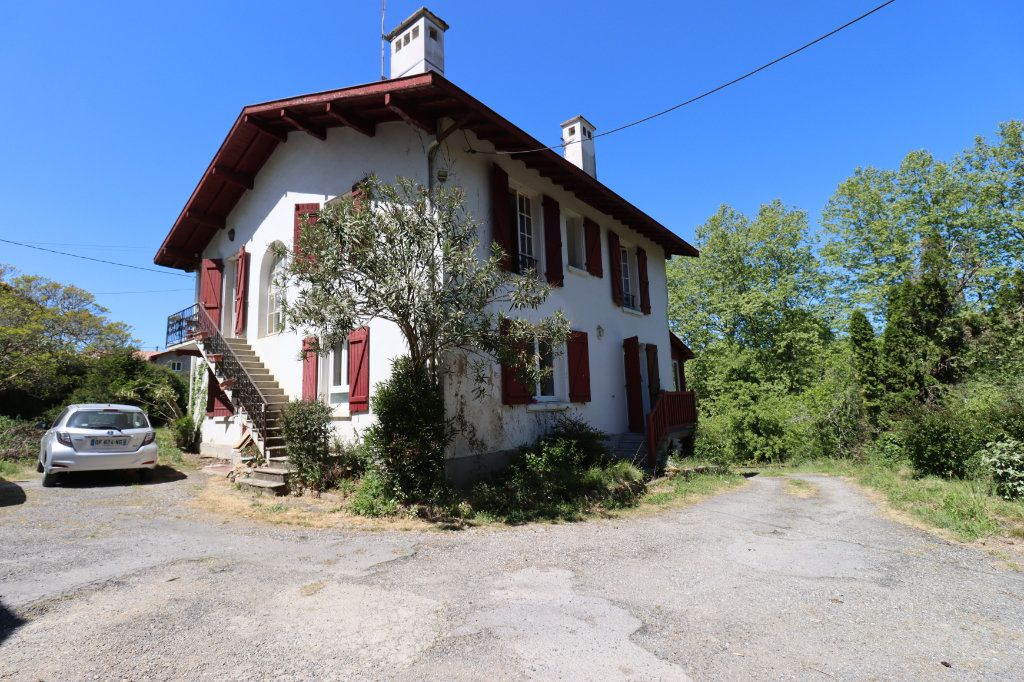 Maison à vendre 6 184m2 à Bardos vignette-1