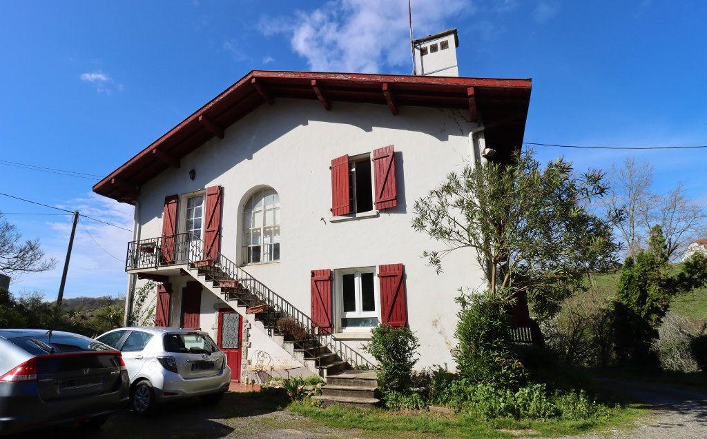 Maison à vendre 6 184m2 à Bardos vignette-3