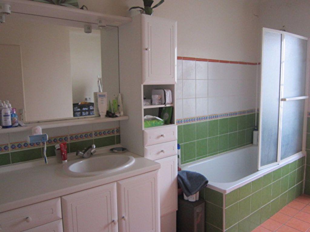 Appartement à louer 7 150.34m2 à Tartas vignette-6