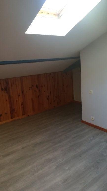 Appartement à louer 7 150.34m2 à Tartas vignette-10