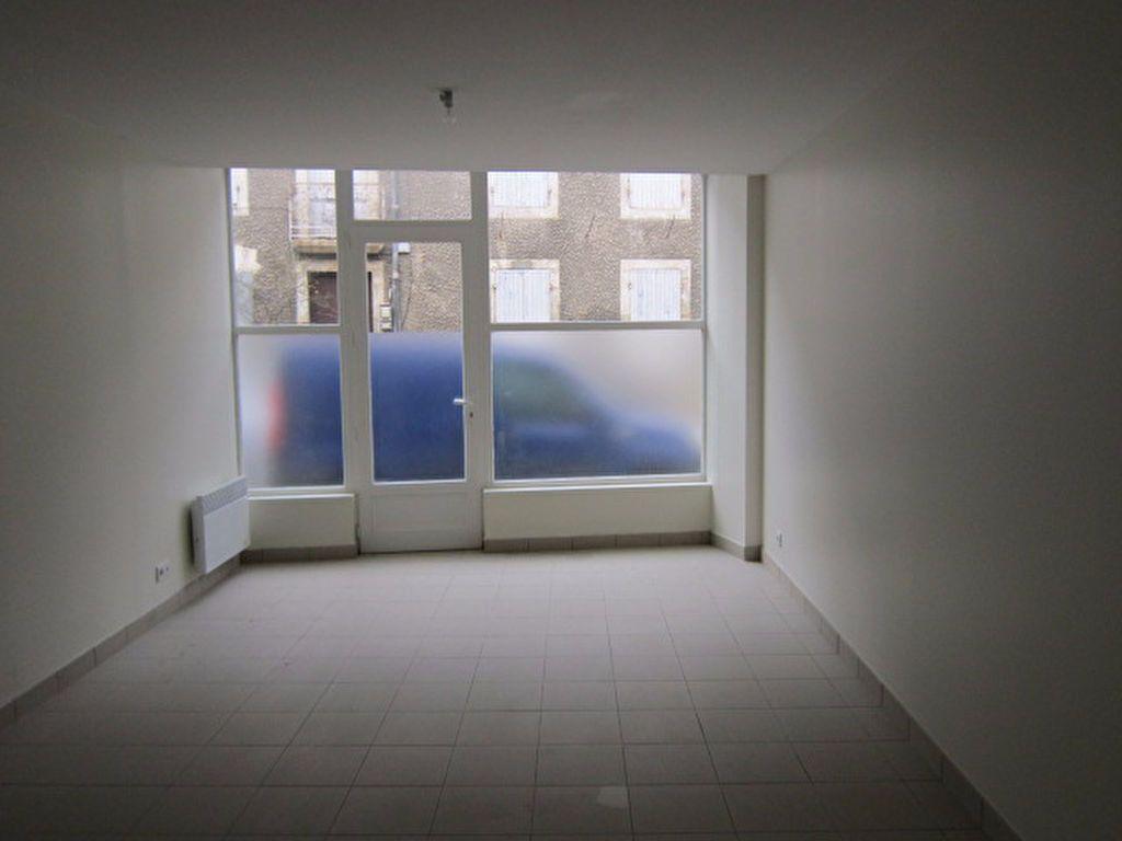 Appartement à louer 3 56.42m2 à Tartas vignette-1
