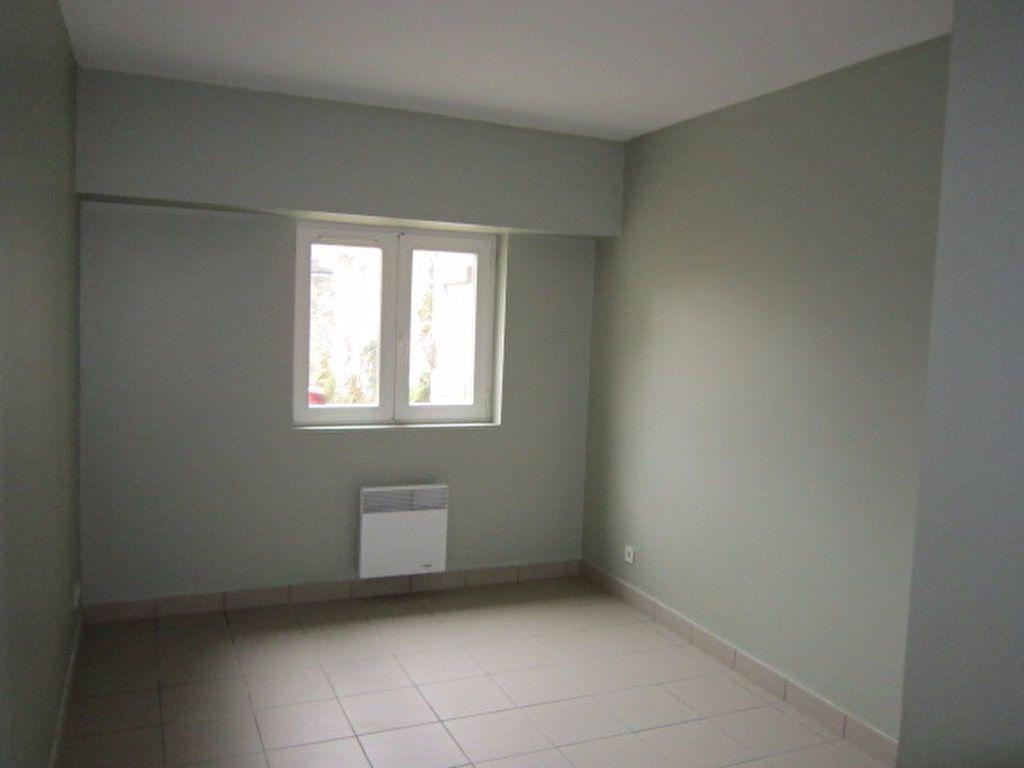Appartement à louer 3 56.42m2 à Tartas vignette-2