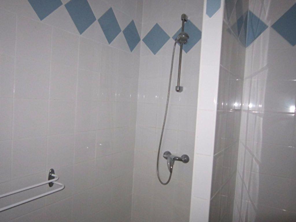 Appartement à louer 3 56.42m2 à Tartas vignette-6