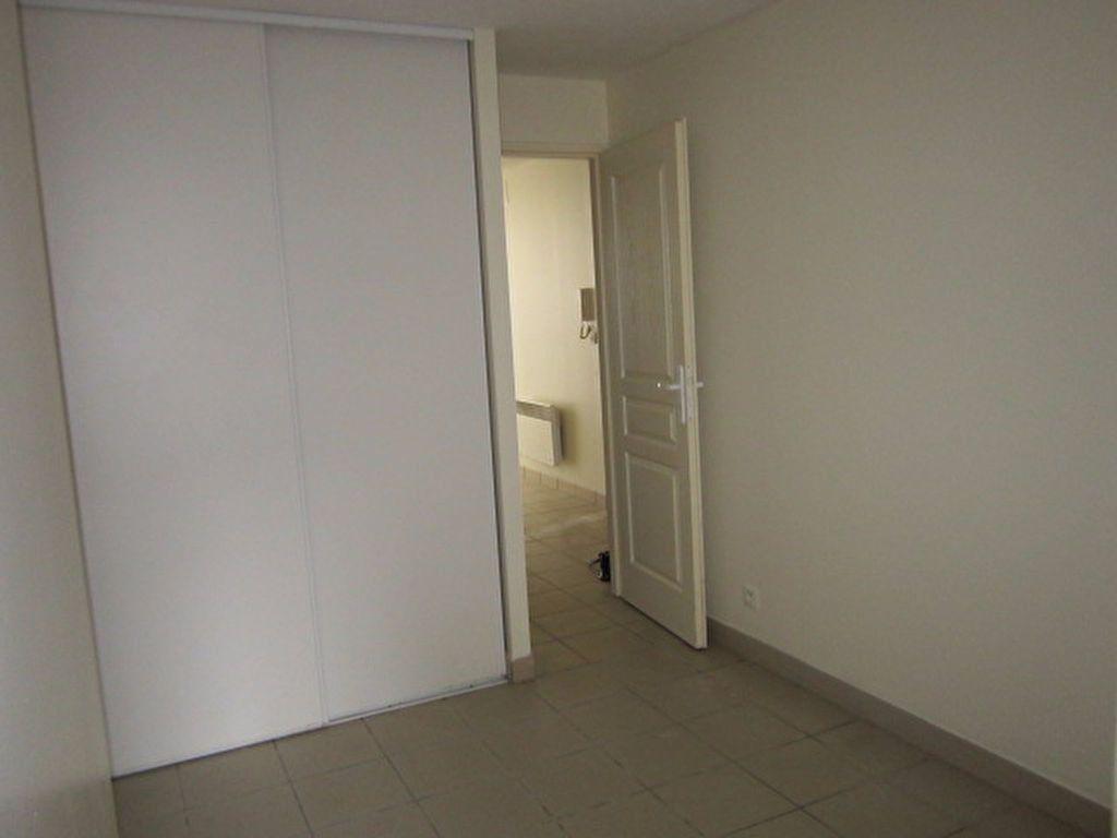 Appartement à louer 3 56.42m2 à Tartas vignette-7