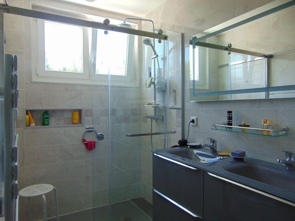 Maison à vendre 9 230m2 à Rion-des-Landes vignette-8