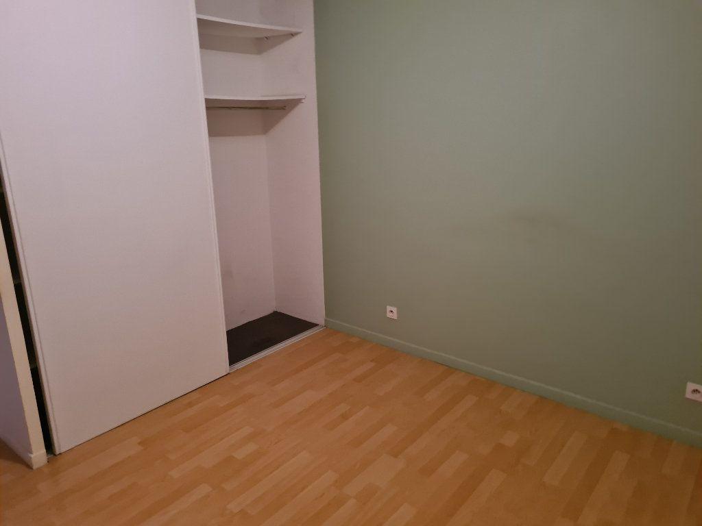 Maison à louer 5 118.41m2 à Tartas vignette-6