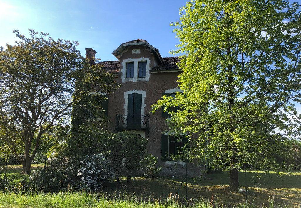 Maison à vendre 8 144m2 à Nerbis vignette-1
