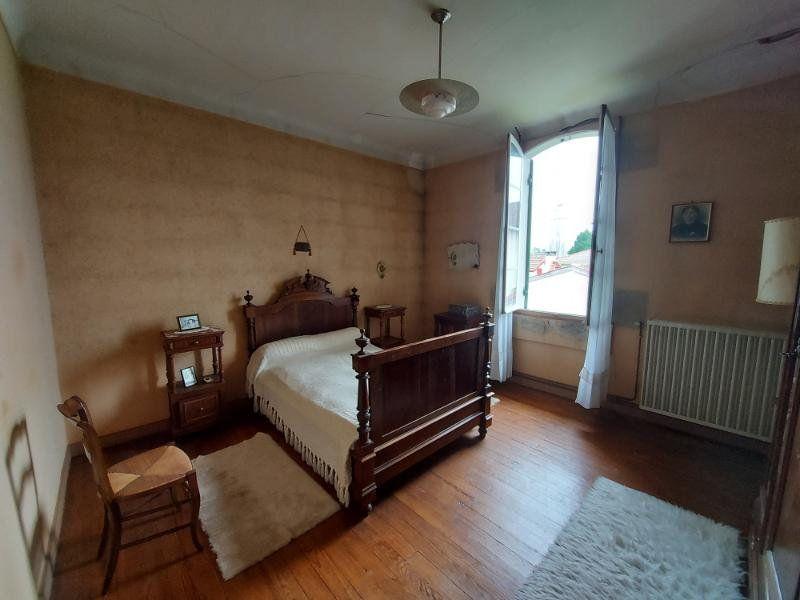 Maison à vendre 8 143.58m2 à Rion-des-Landes vignette-6