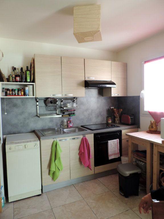 Appartement à vendre 3 74.1m2 à La Seyne-sur-Mer vignette-3